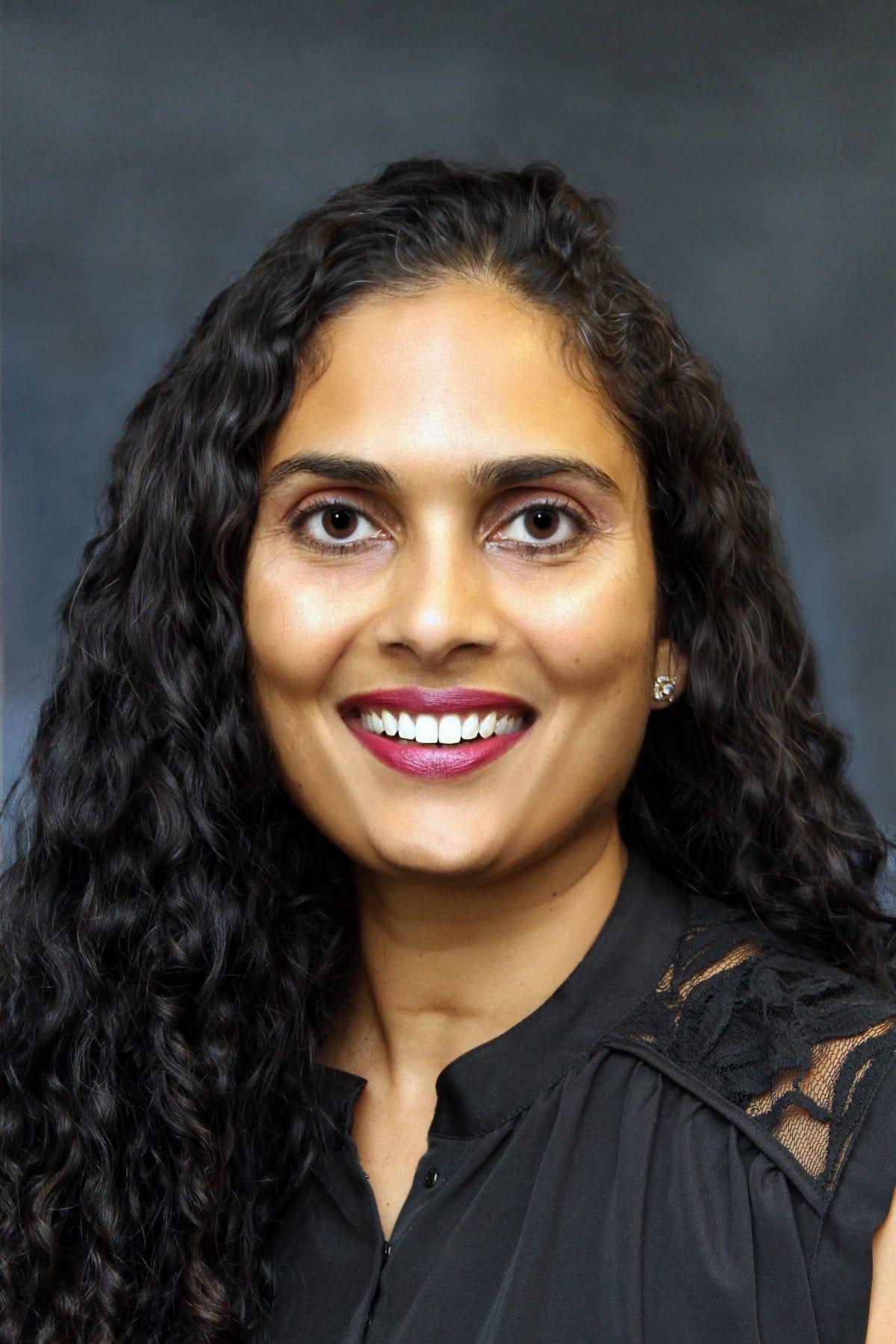 Priya Desai MD MBA Ophthalmologist Cataract Surgeon & Glaucoma Specialist
